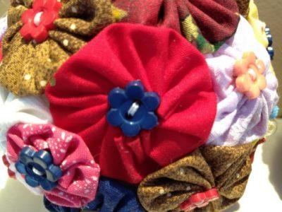 Use fuxico na decoração de natal