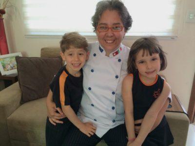 Ela se reinventou através da paixão pelos filhos e pela cozinha