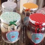 Inspiração para transformar bolo no pote em presente