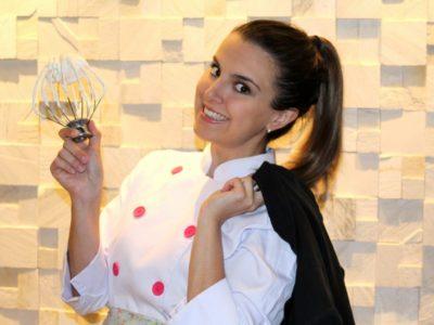 Depois de ganhar uma promoção na área de marketing, ela decidiu sair para abrir uma empresa de bolos