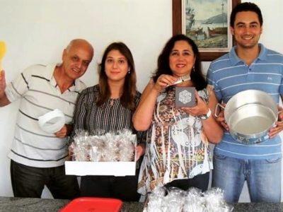 Venderam meia tonelada de palha italiana em menos de um ano