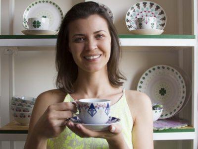 A estilista das porcelanas