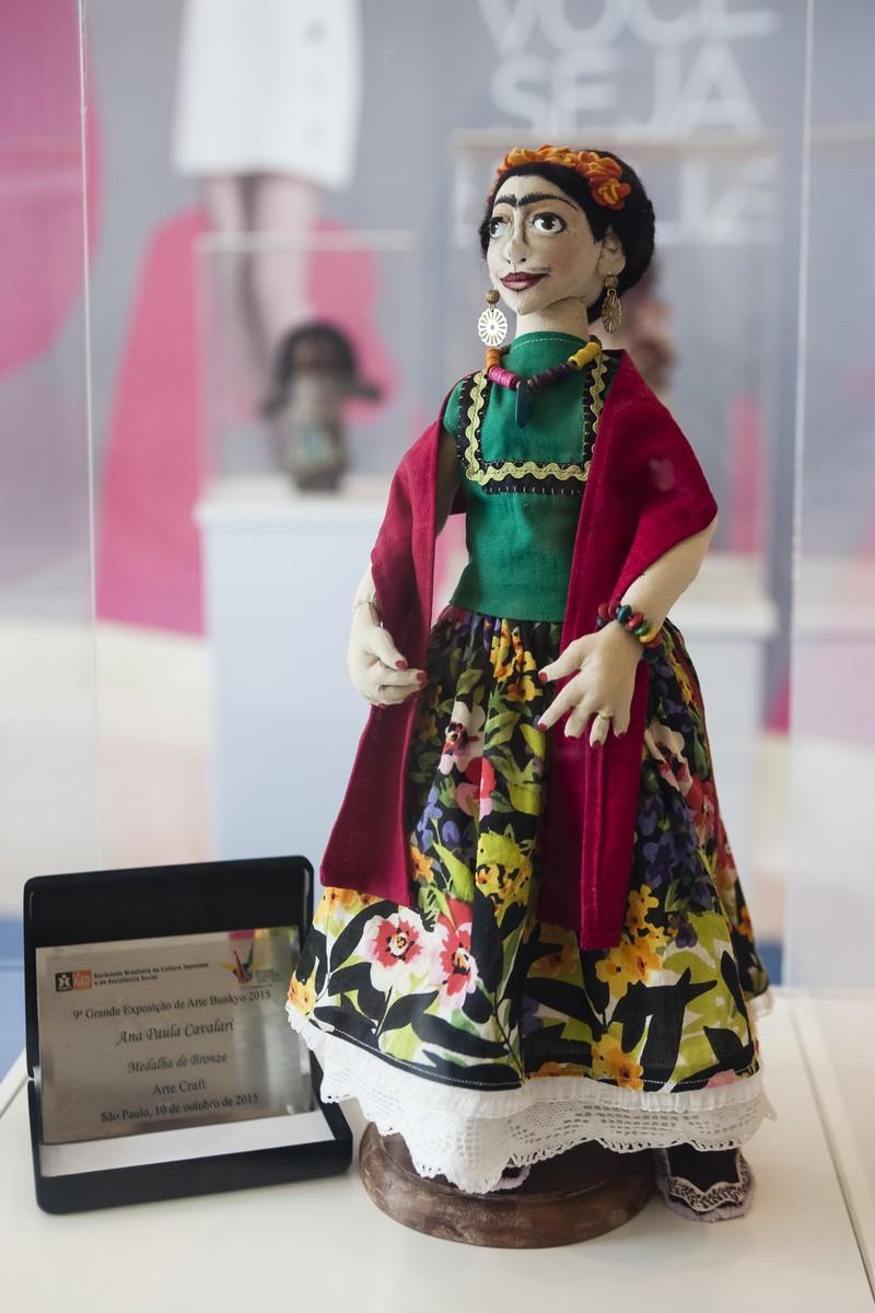 Boneca Frida - Artista Ana Paula Cavalari