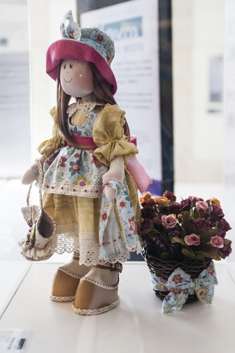 Boneca Lila - Artista Amanda Steyka