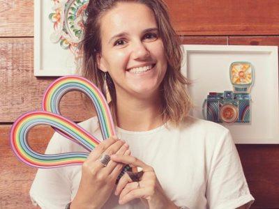 Aprendeu a fazer quilling sozinha e hoje vende peças e dá cursos em todo o Brasil