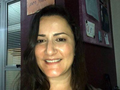 A psicóloga se reencontrou com a profissão como terapeuta da técnica Theta Healing